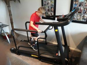 Height adjustable Hand rails to Treadmill
